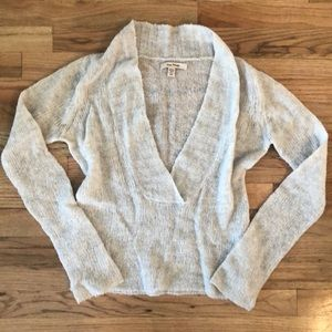Free People V Neck wool blend sweater M gray